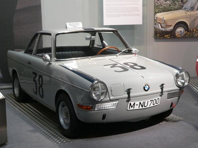 Bmw700sport1